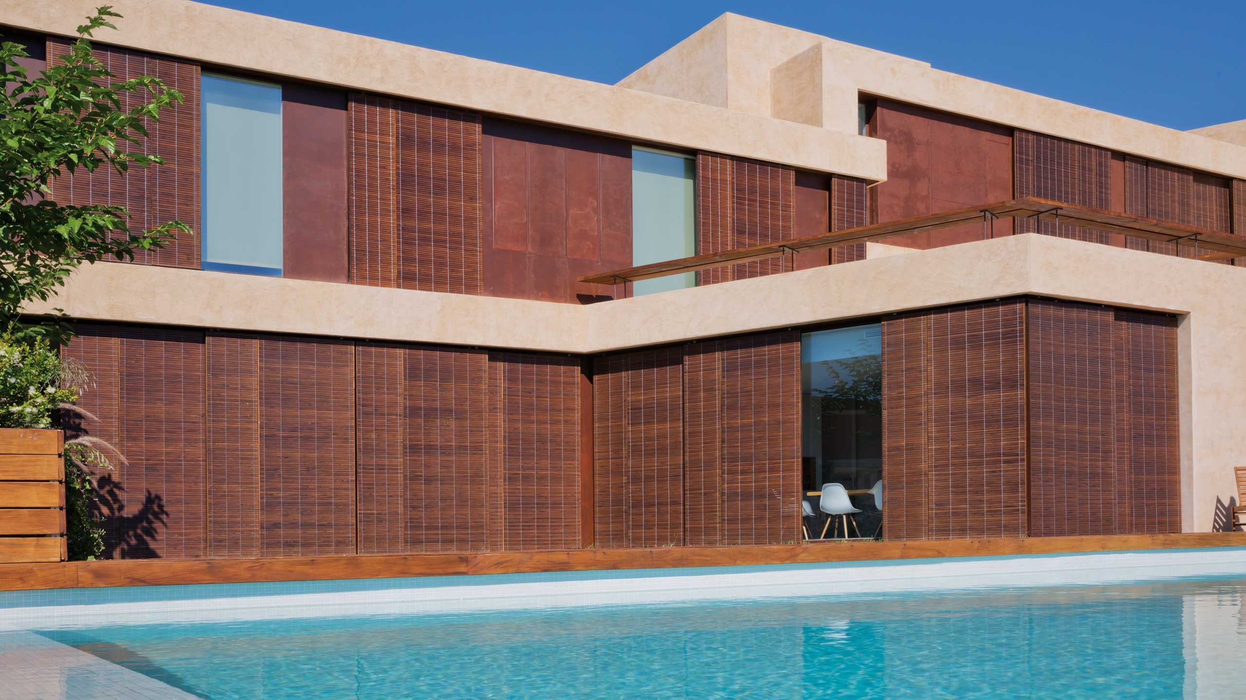 Alicantina shutters in modern architecture